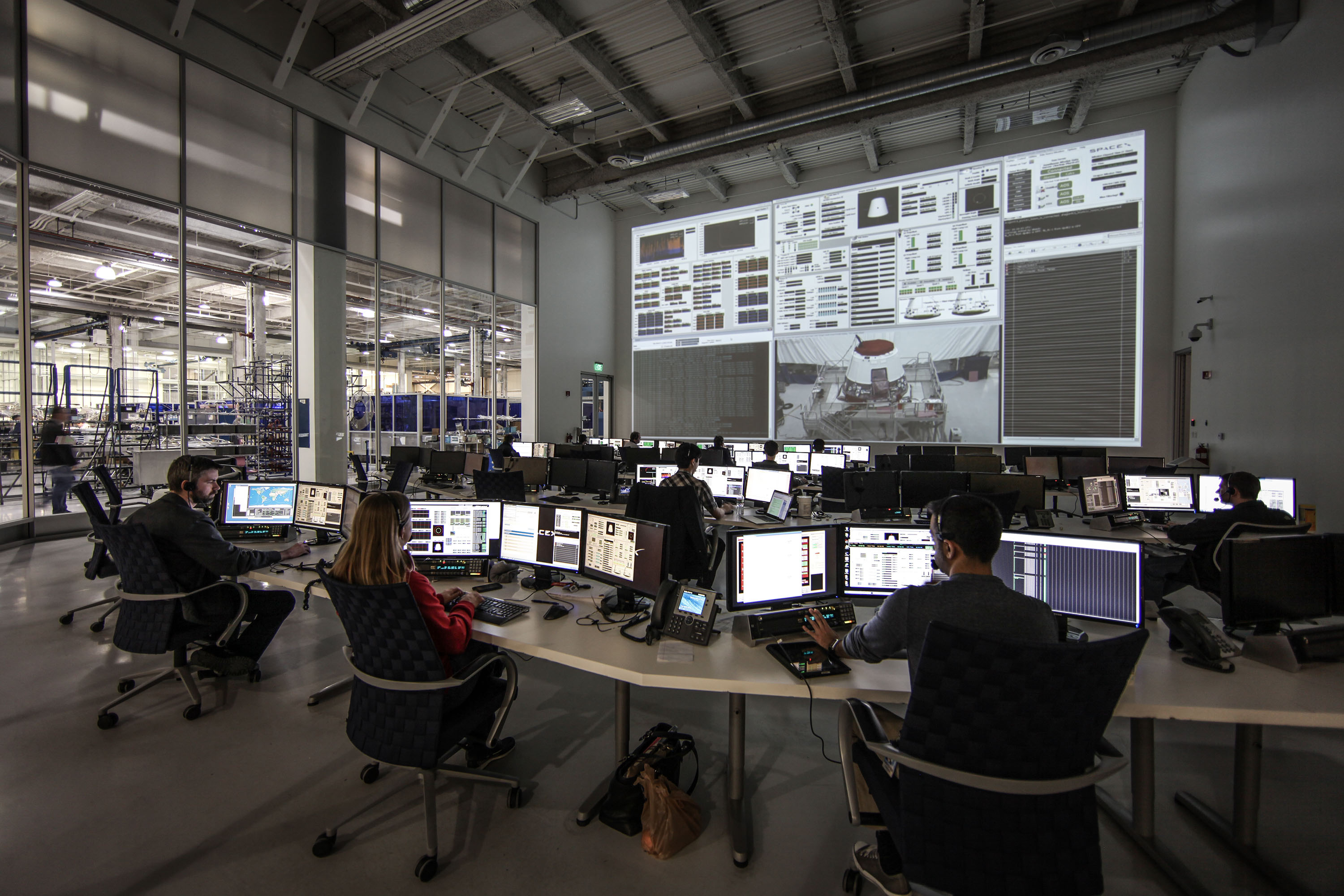 Mission Control Monitor : File spacex mission control in hawthorne ca g
