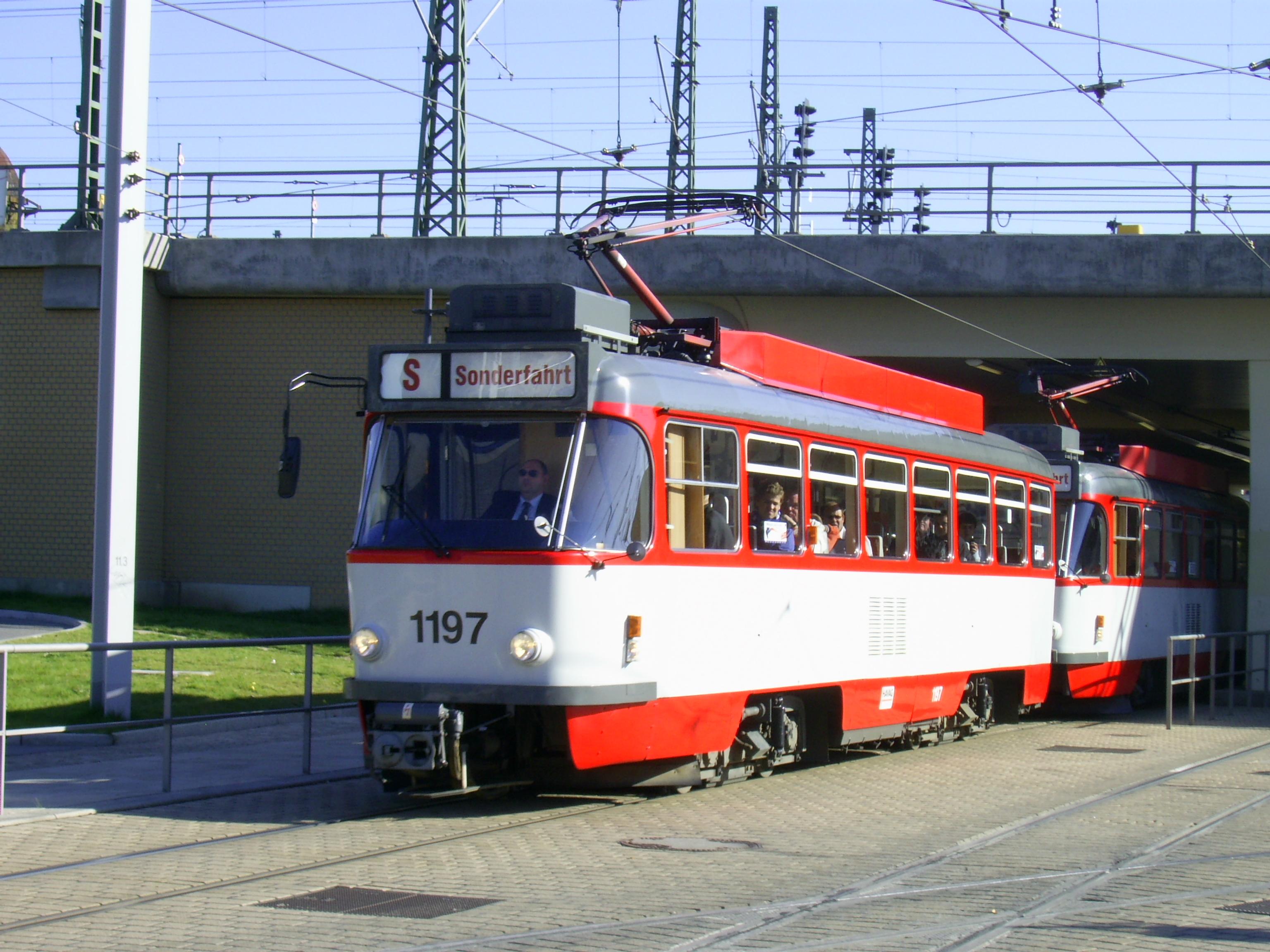 File:Strassenbahn Halle Tw 1197.JPG