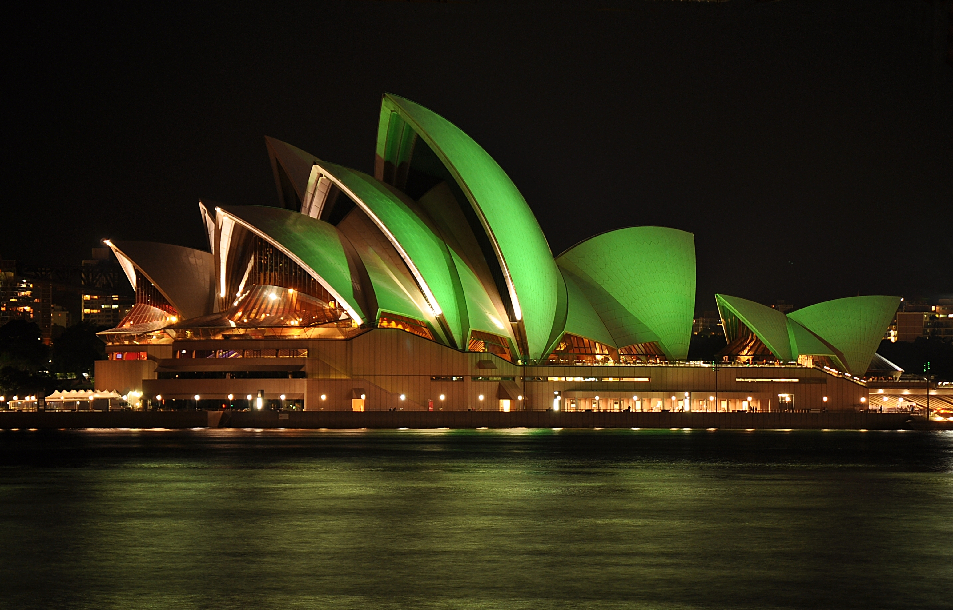 File sydney opera house st patricks wikimedia for Sydney opera housse