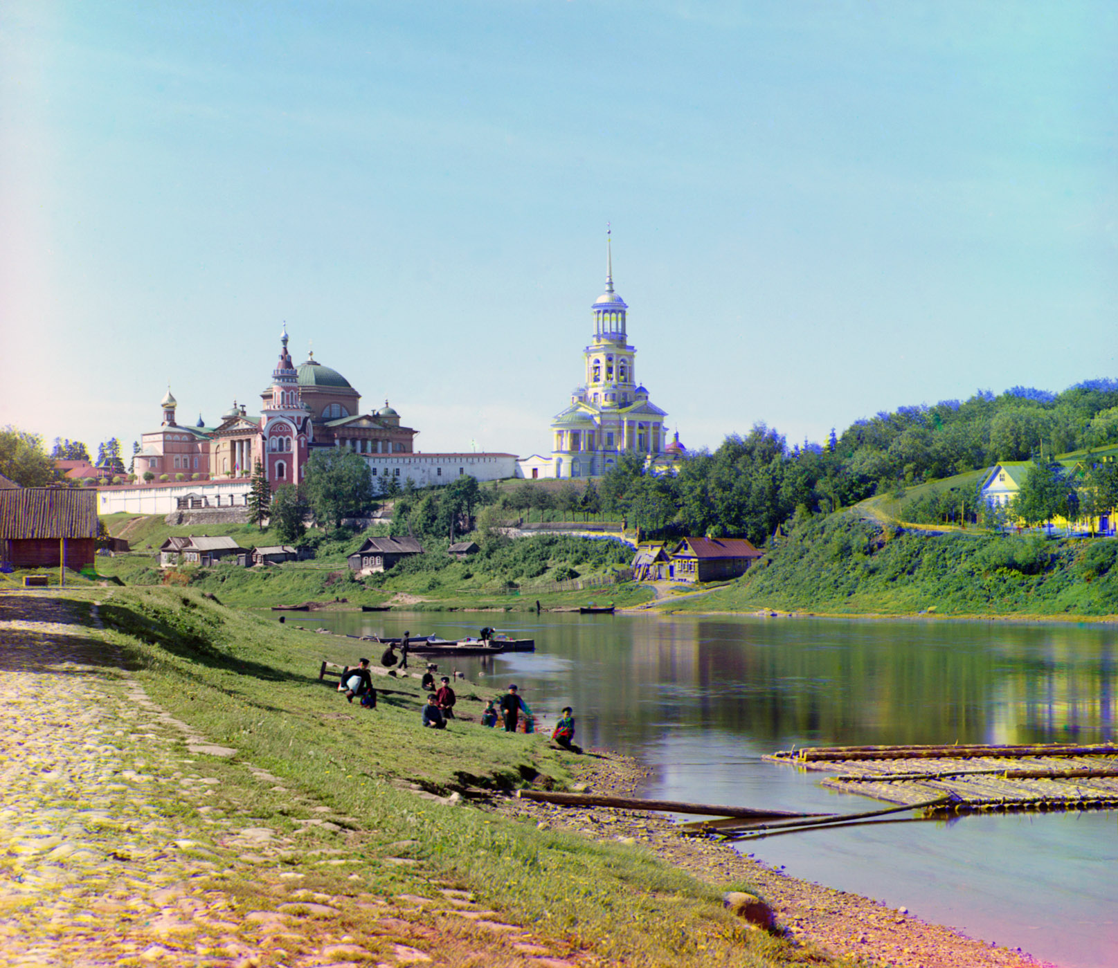 Вид наБорисоглебский монастырьот моста в начале XX века