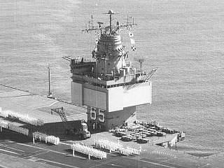 MISILES - Página 11 USN1059659_SCANFAR_Radars_%28SPS-32%2CSPS-33%29_CVN-65_Enterprise_1962-02-10