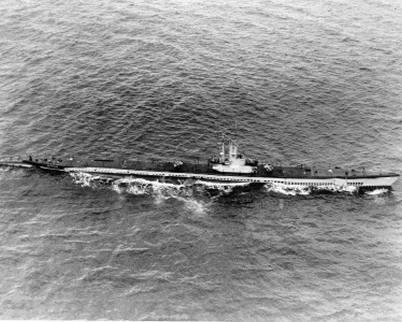 USS Sea Poacher (SS-406) underway