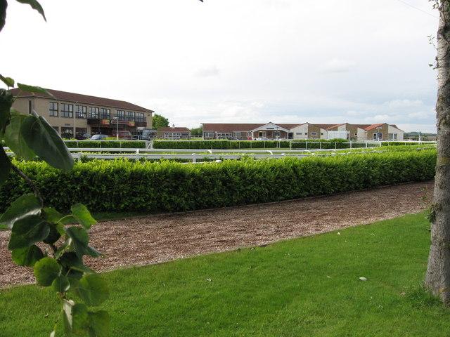 wincanton racecourse.jpg
