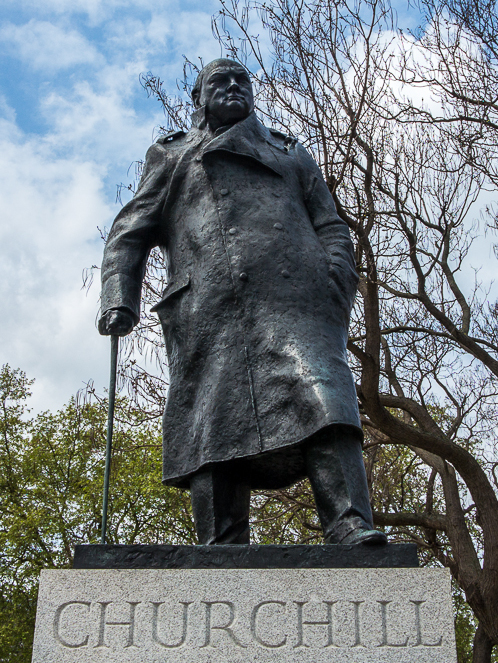 Statue of Winston Churchill, Parliament Square - Wikipedia