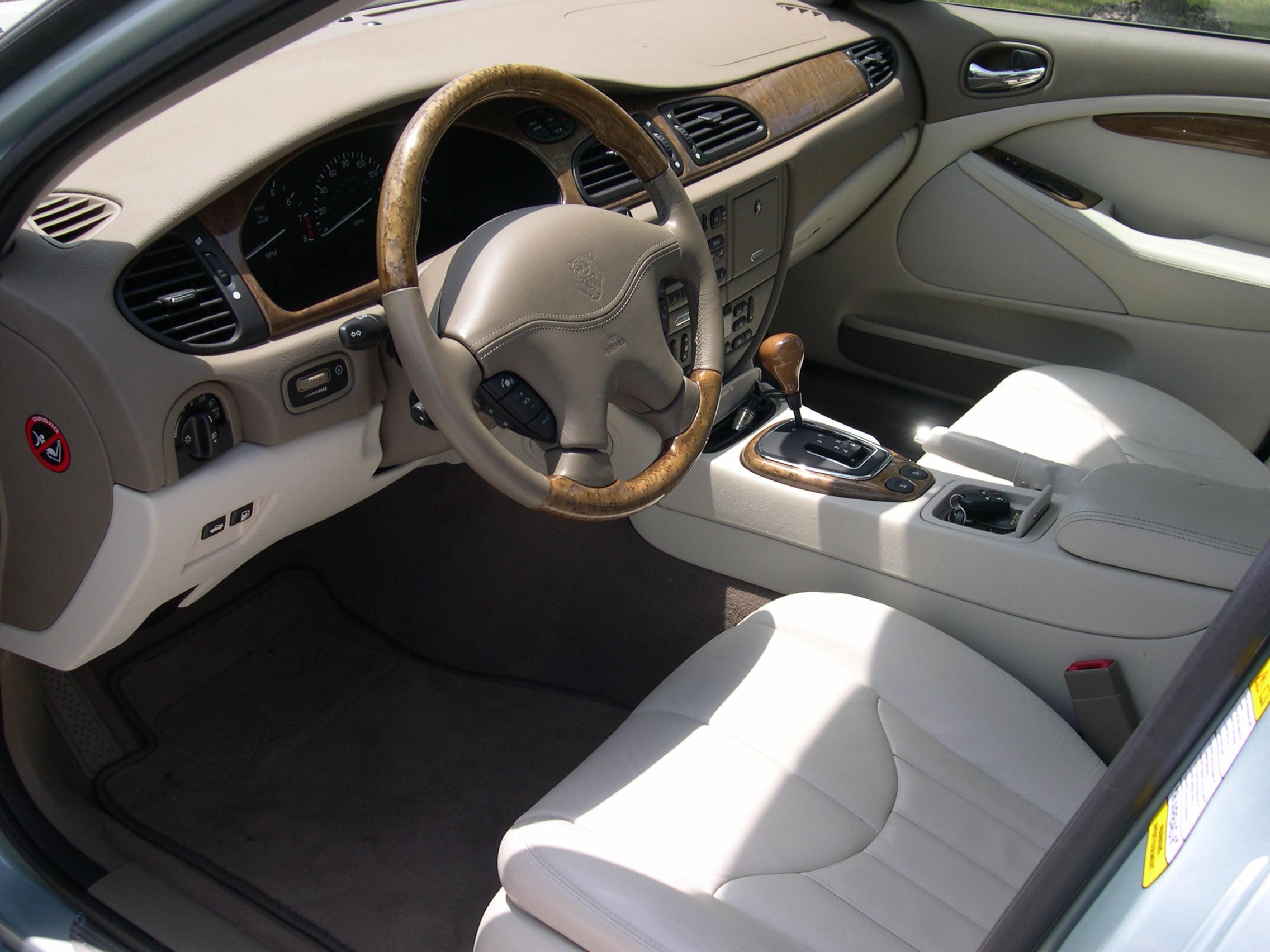 File:2001 Jaguar S Type Interior.JPG