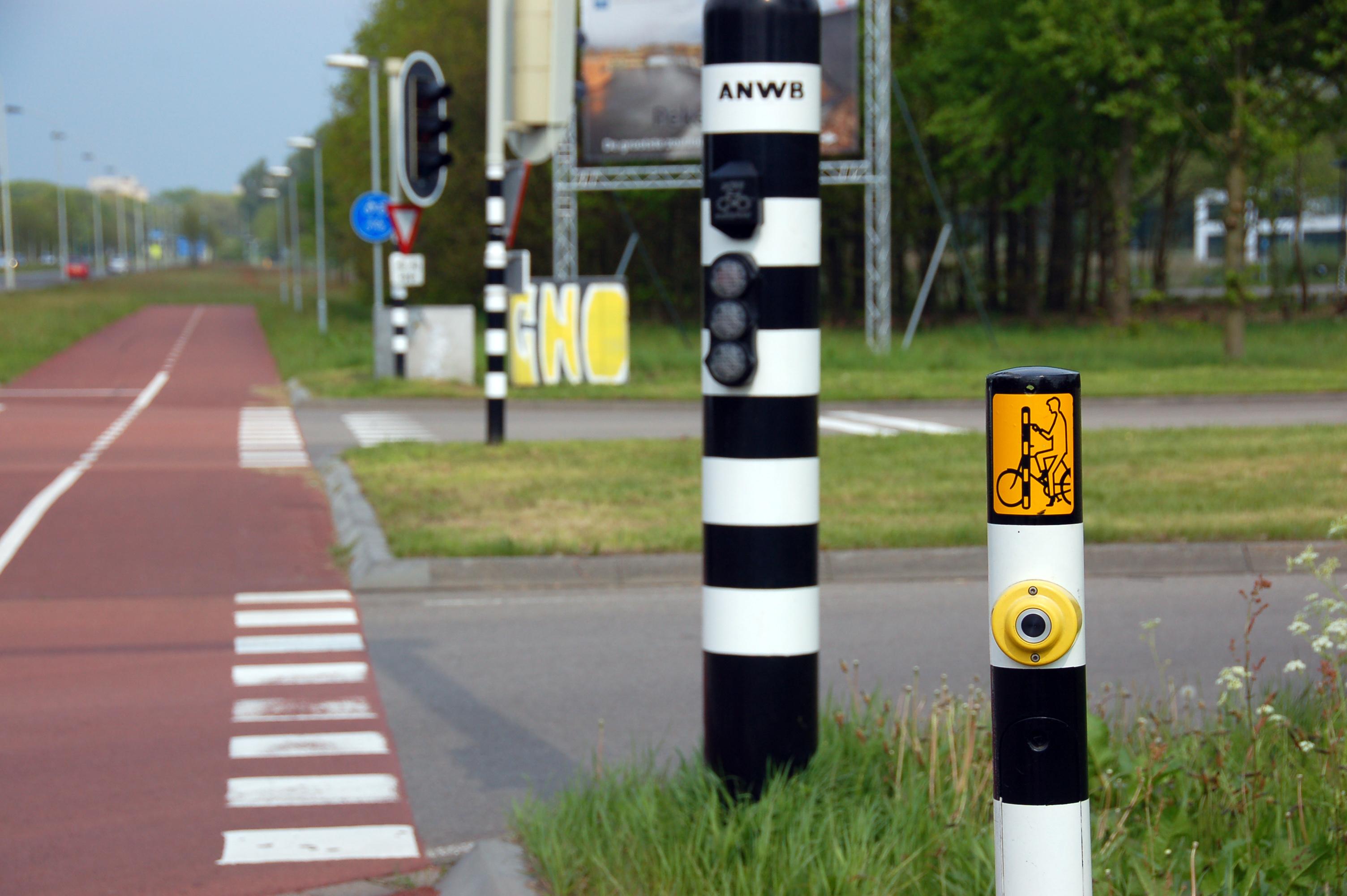 Datei:2010-05-breda-fahrradschilder-by-RalfR-09.jpg