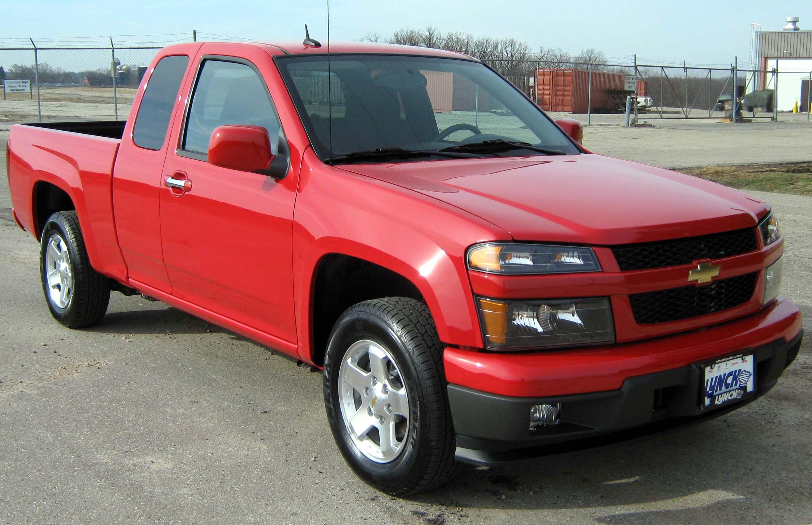 Chevrolet: Colorado News **Midnight Edition, Trail Boss