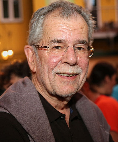 File:2014 Alexander Van der Bellen (14083979477) cropped sharpened.jpg