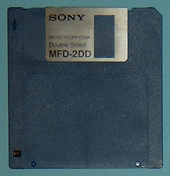http://upload.wikimedia.org/wikipedia/commons/4/4a/3_5-DD-Diskette.jpg