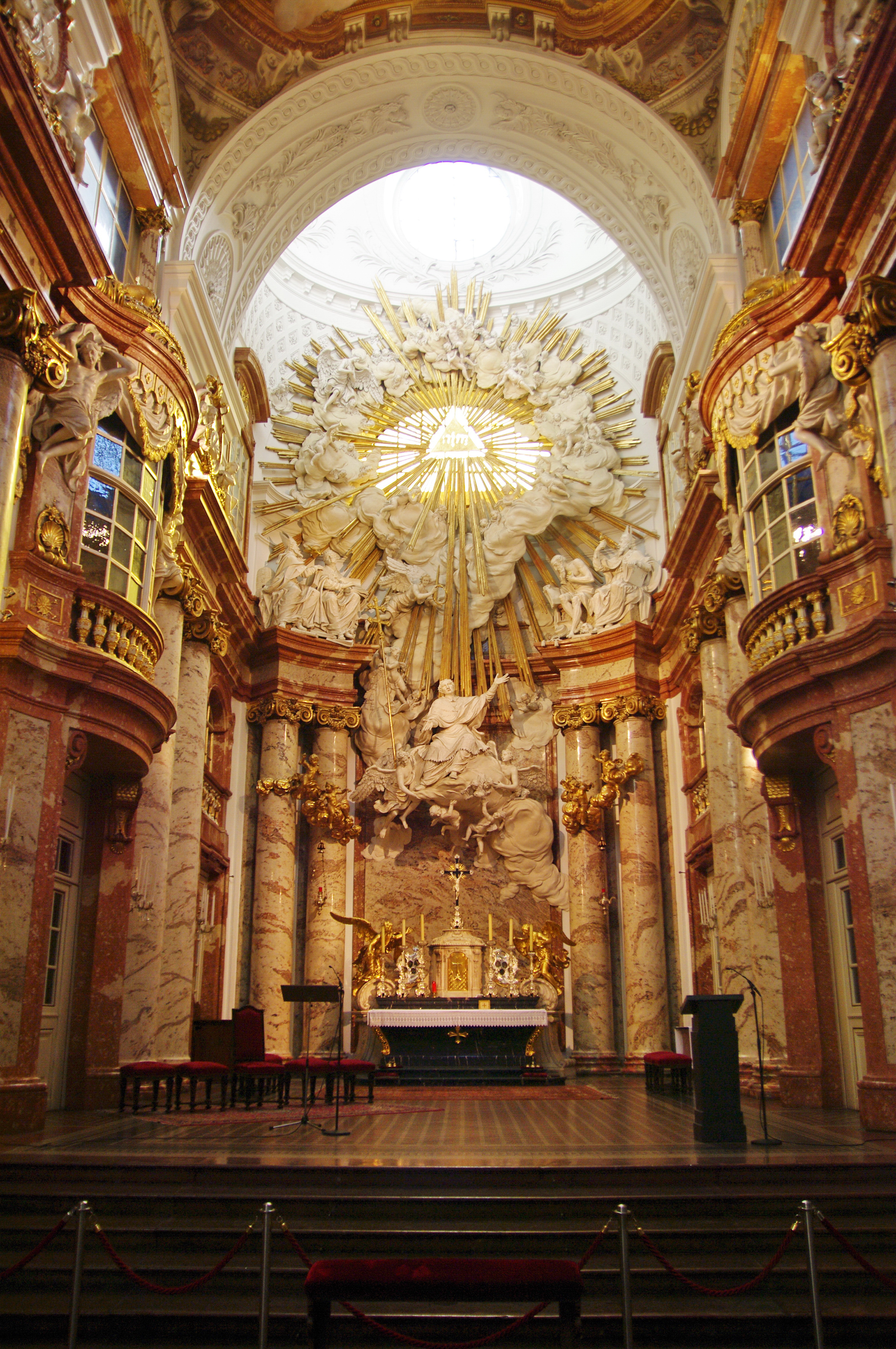 http://upload.wikimedia.org/wikipedia/commons/4/4a/A-Wien-Karlskirche-Chorraum.JPG