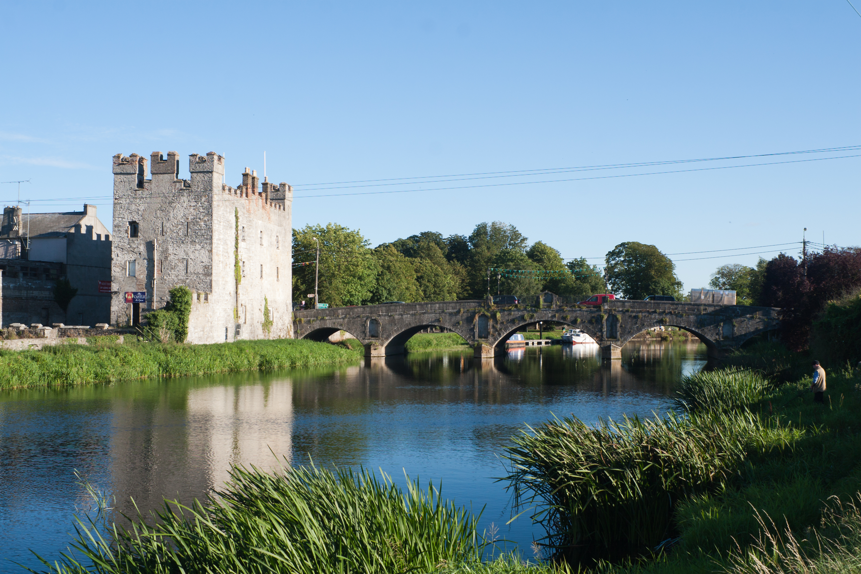 Whites Castle & Crom-a Boo Bridge | Athy | UPDATED June