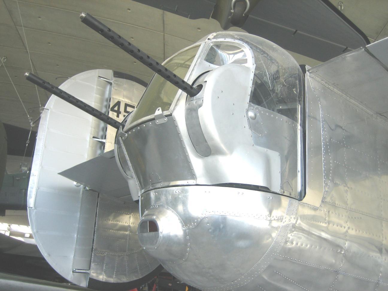 B 24 Ball Turret File:B24 tail t...