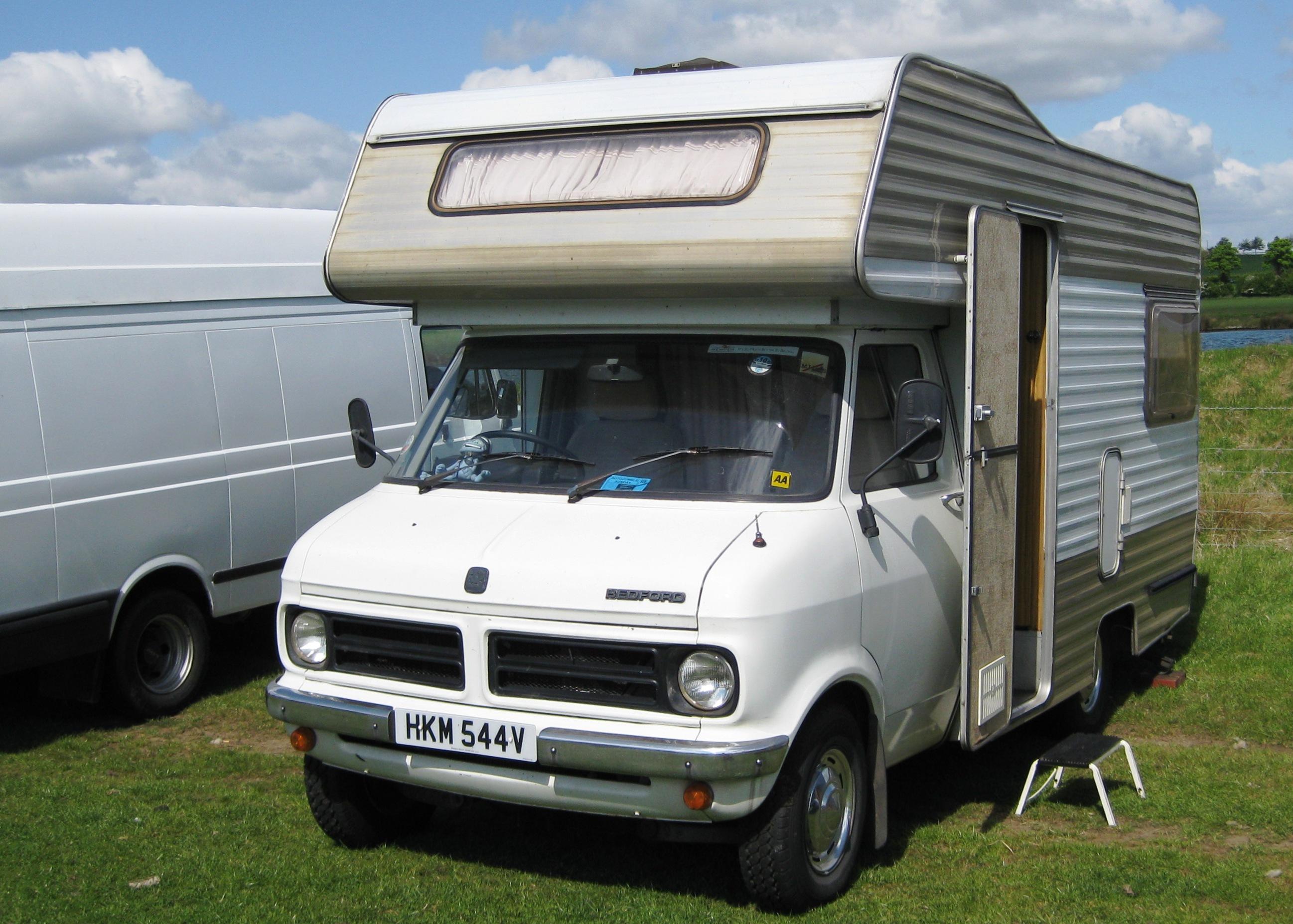 Second hand caravan accessories torfaen used caravan for Moss motors buy here pay here