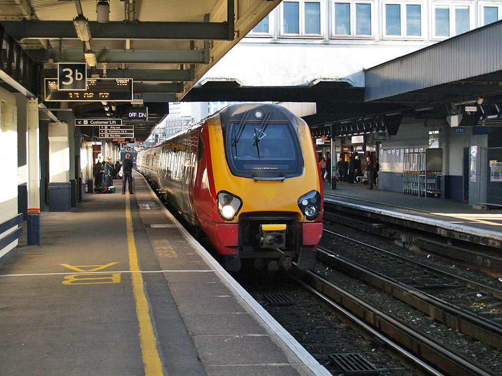File Bombardier Class 221 Diesel Electric At Southampton
