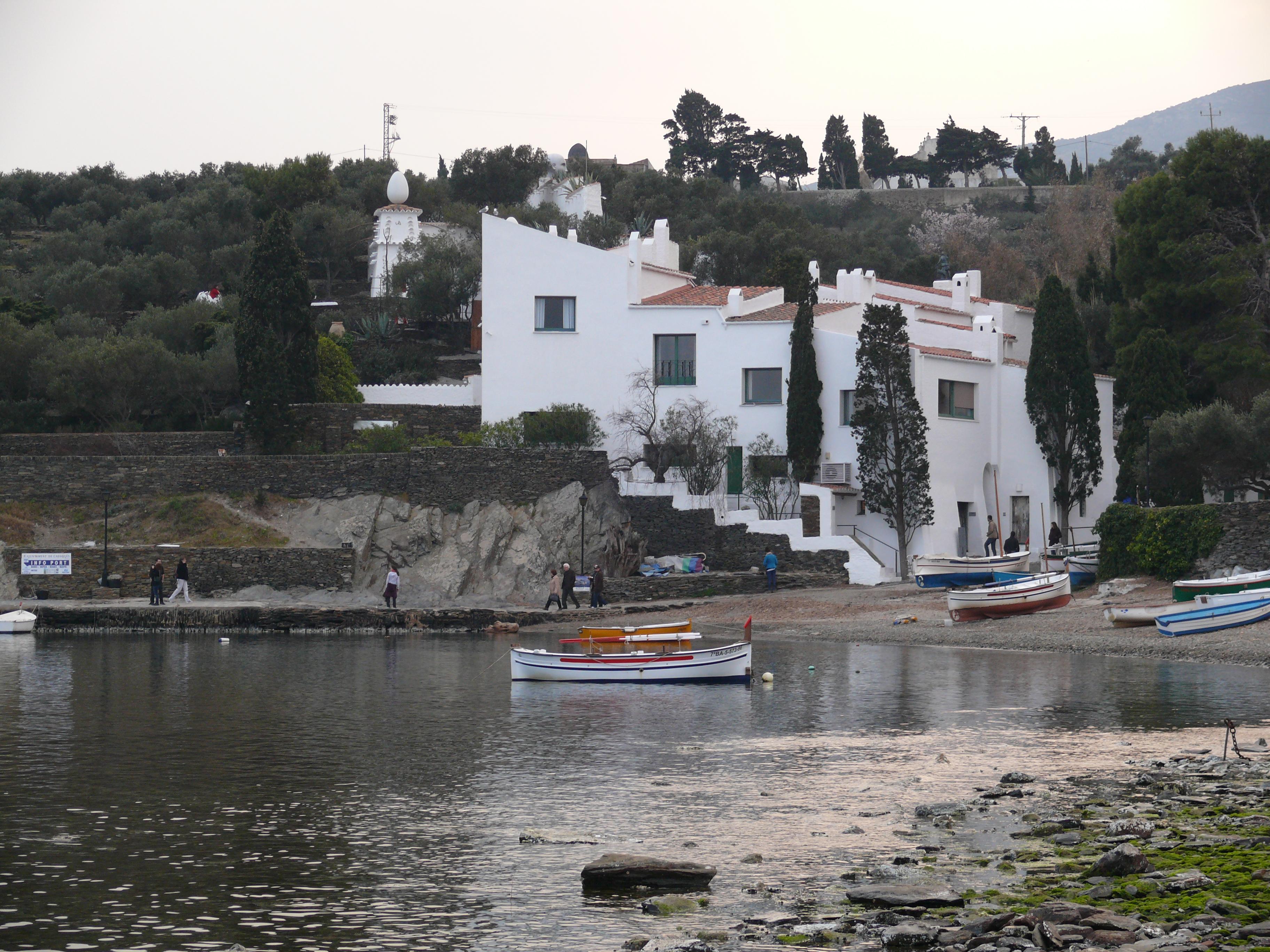 File casa salvador dal de portlligat jpg wikimedia commons - Casa rural en cadaques ...