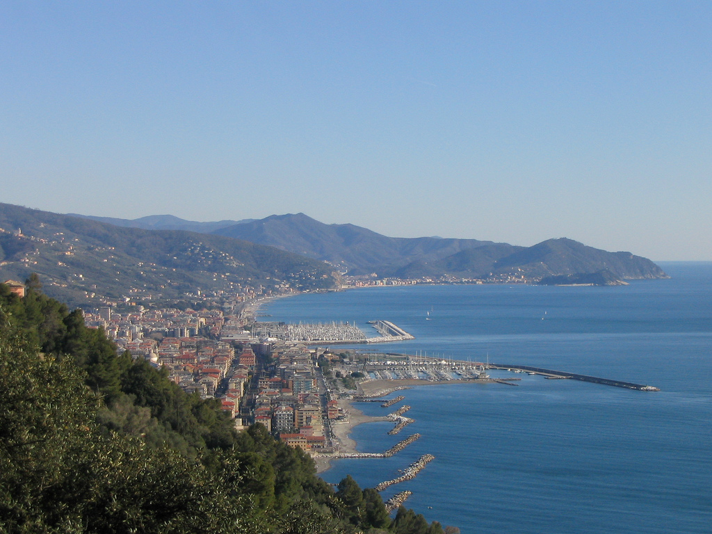 Chiavari Italy  city photos gallery : Chiavari Lavagna panorama Wikipedia, the free encyclopedia