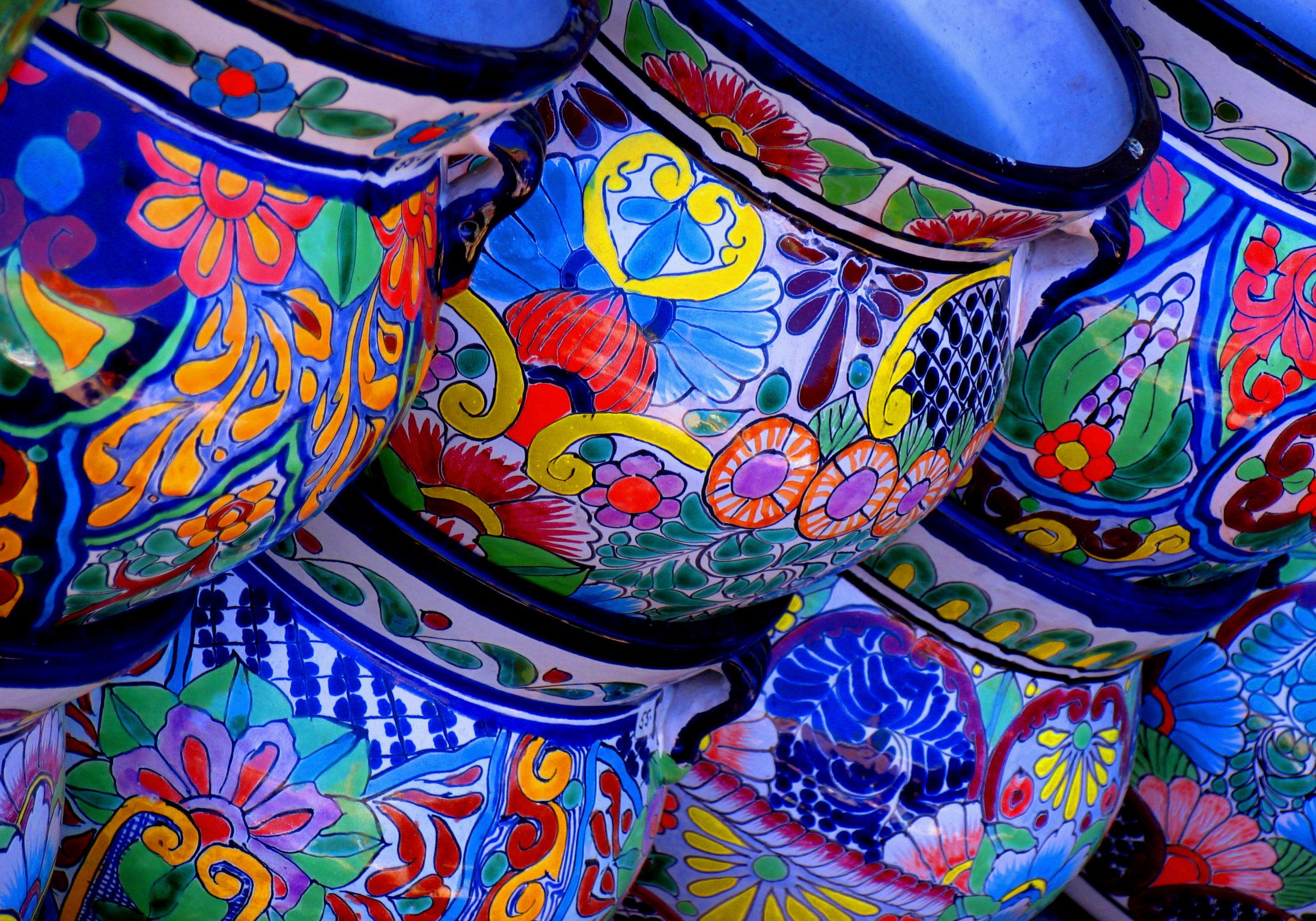 File Colorful Pottery
