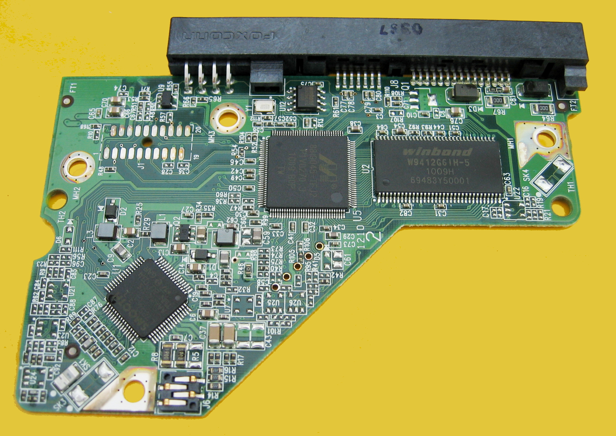 File:Corroded contact pads on a HDD controller PCB IMG 2283 JPG