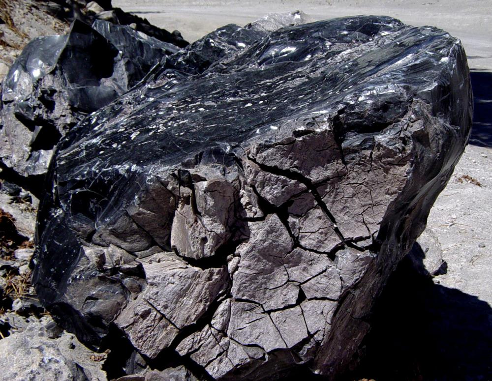1000+ images about Black Obsidian on Pinterest | Caviar ...