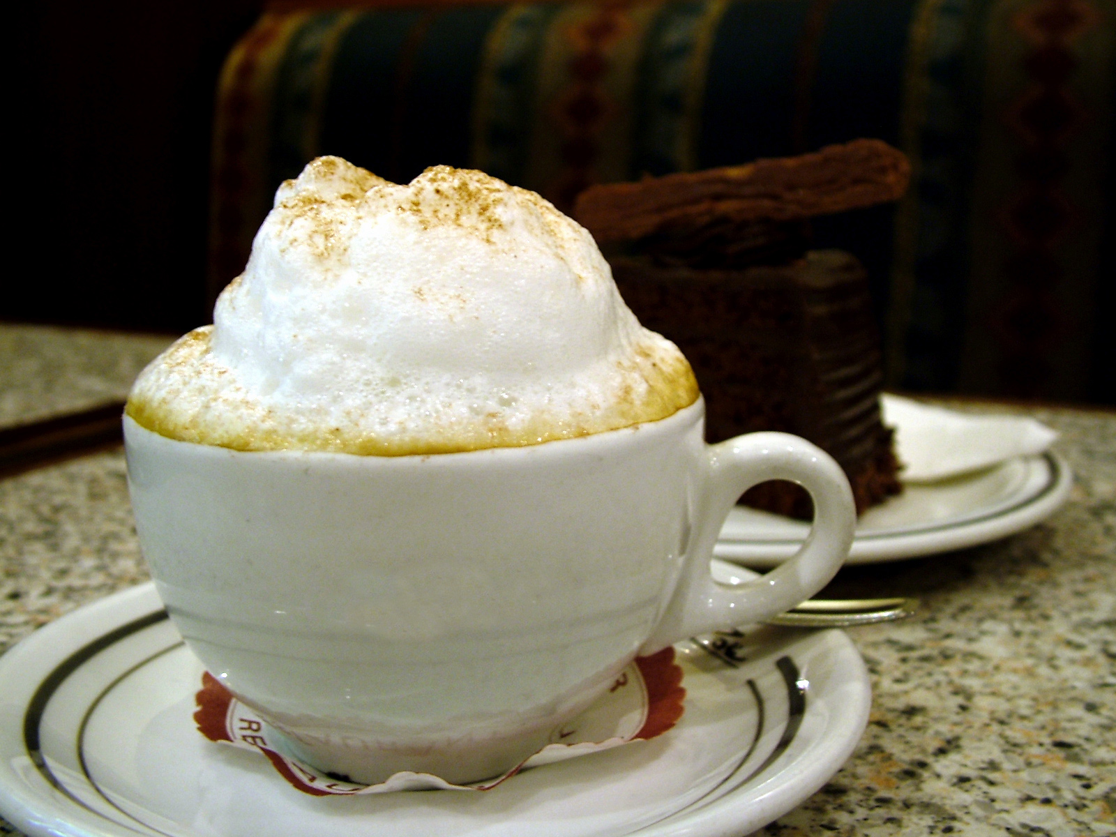 http://upload.wikimedia.org/wikipedia/commons/4/4a/Cup_of_Coffee_with_foam.jpg