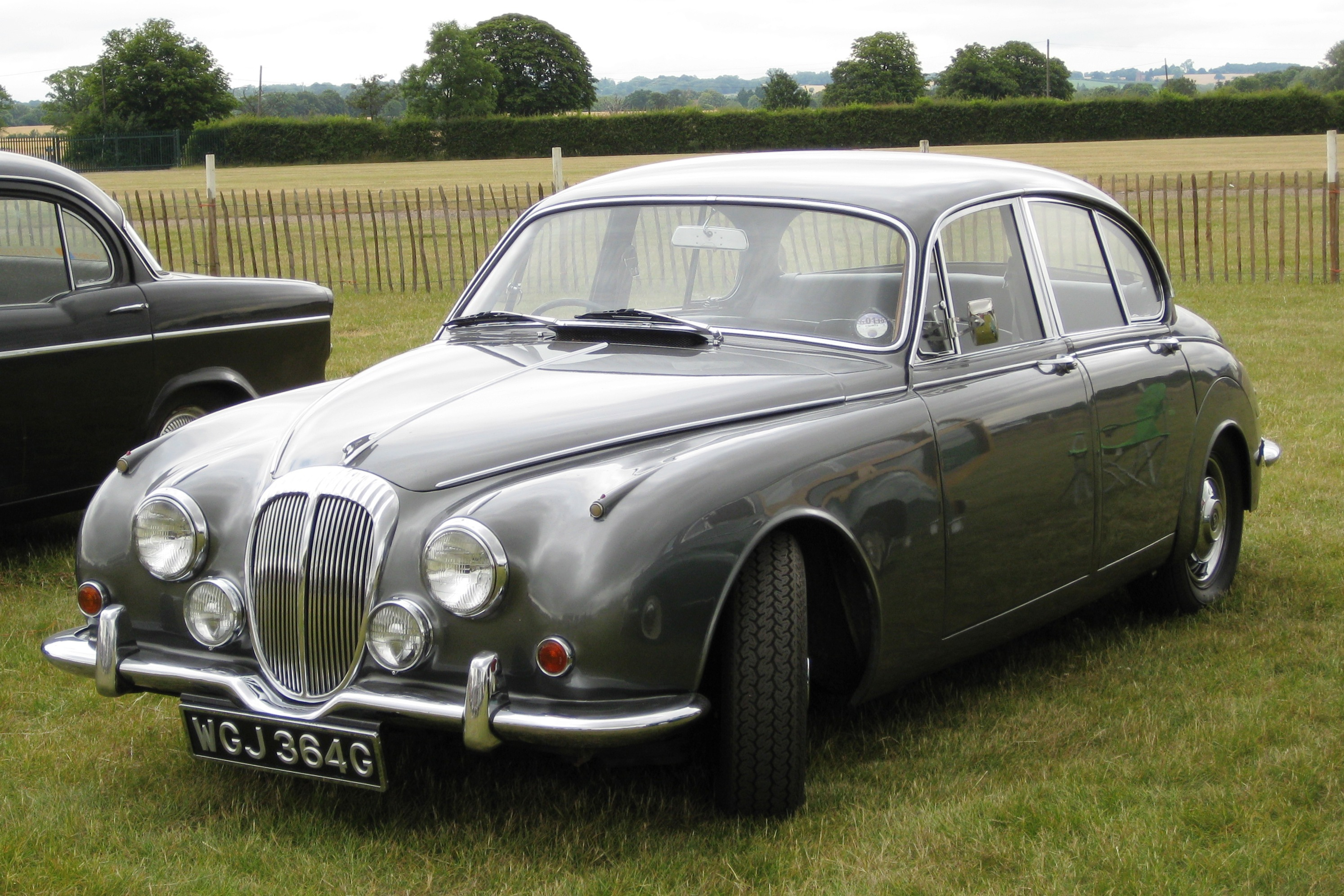 File:Daimler 250 2548 cc 17 sep 1968.JPG