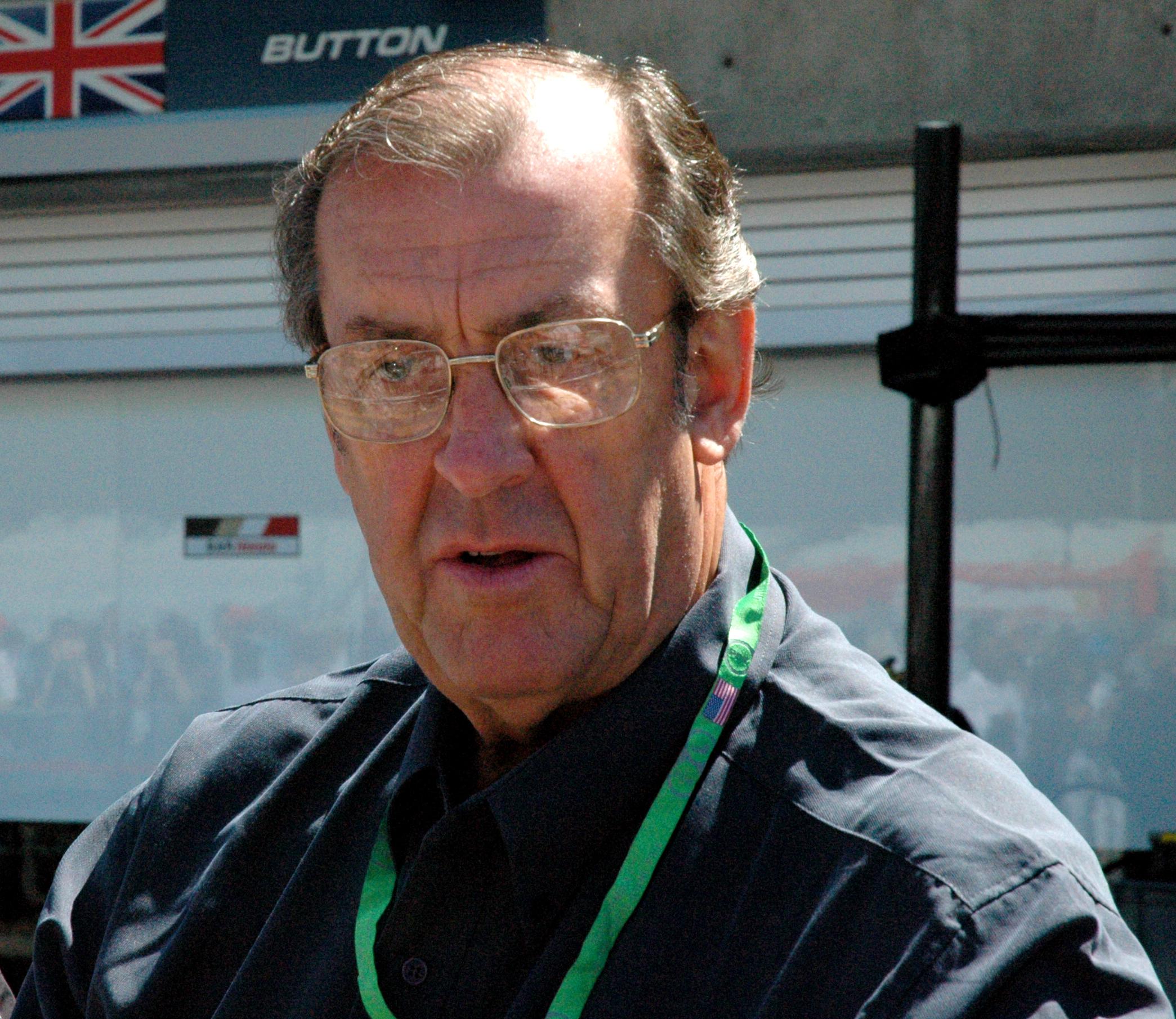 David Hobbs (racing driver)