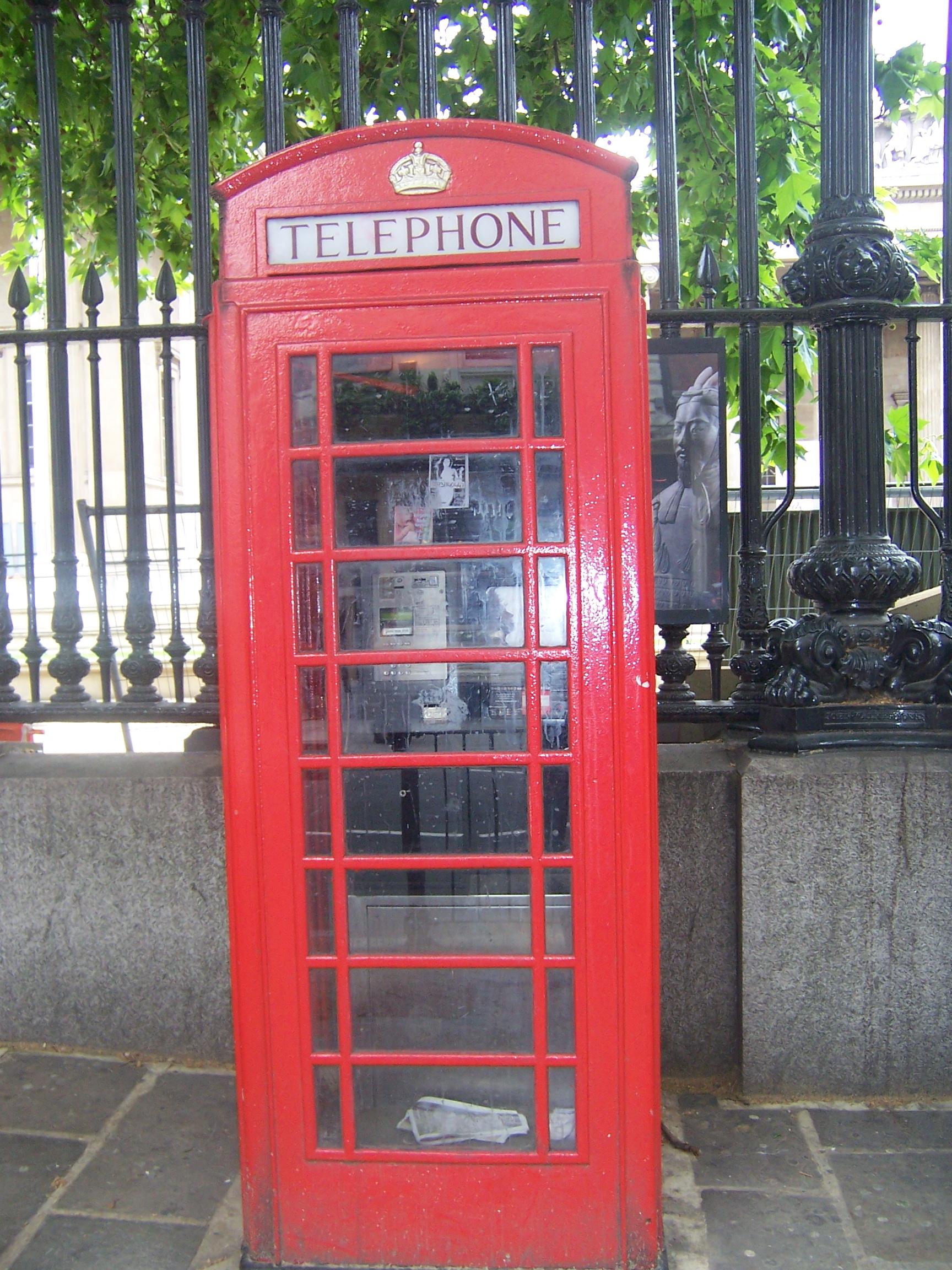 Fileengelse Telefoonceljpg Wikimedia Commons