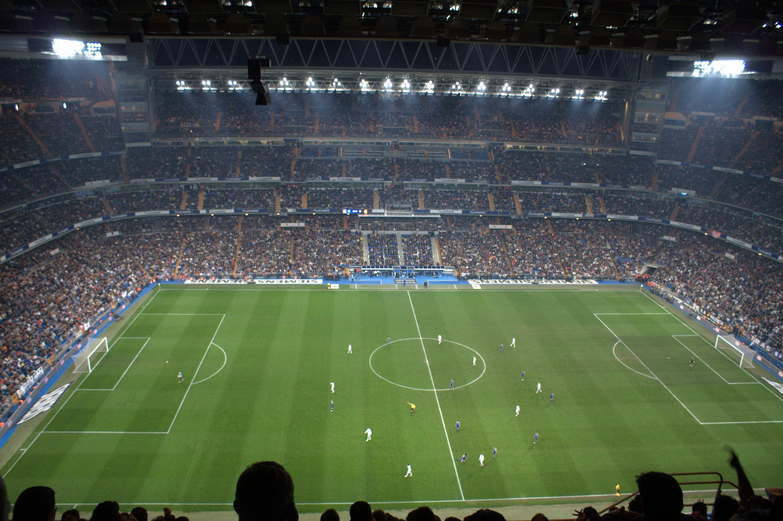 Description Estadio Santiago Bernab  U 03