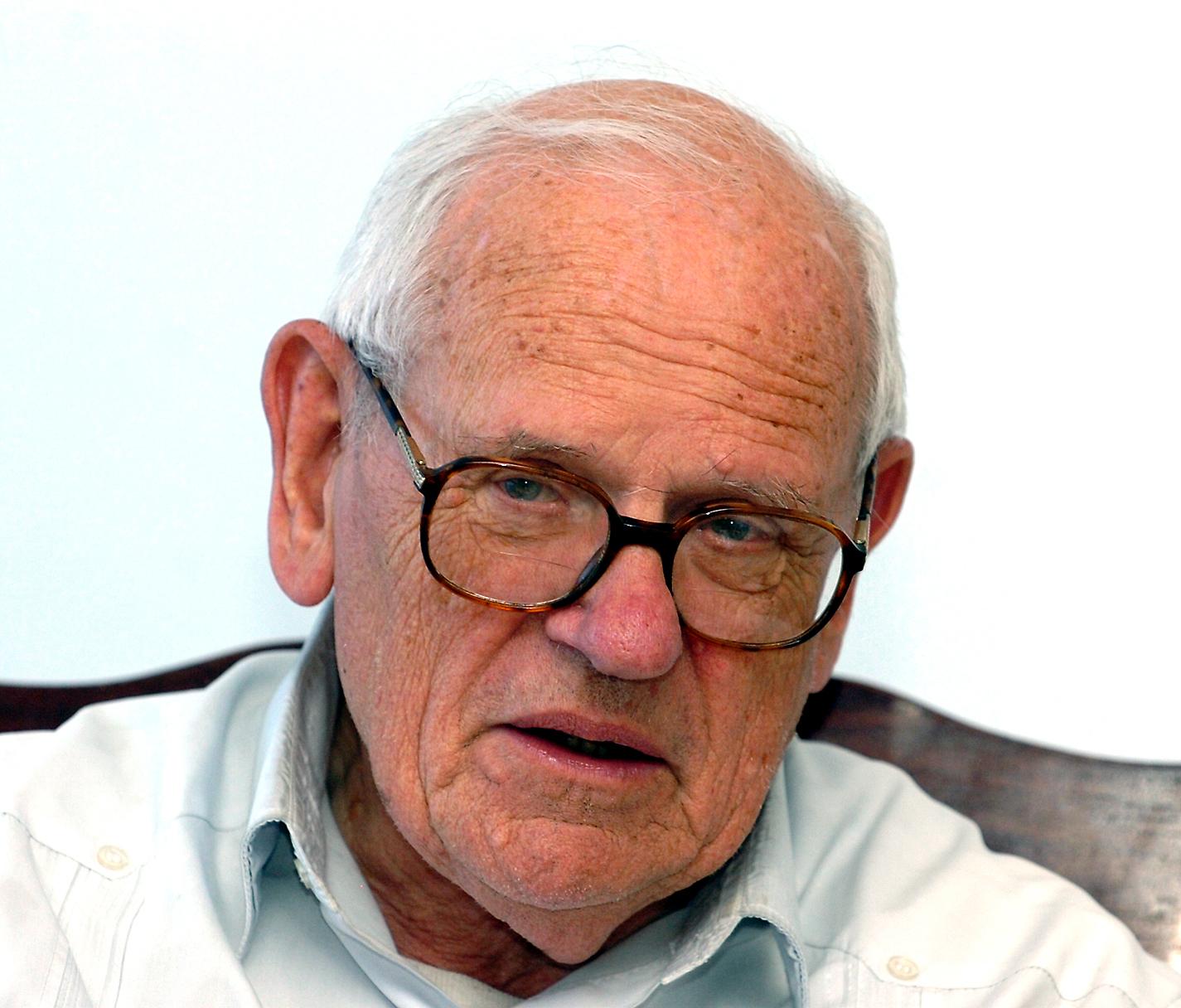François HoutartJune 2007}}