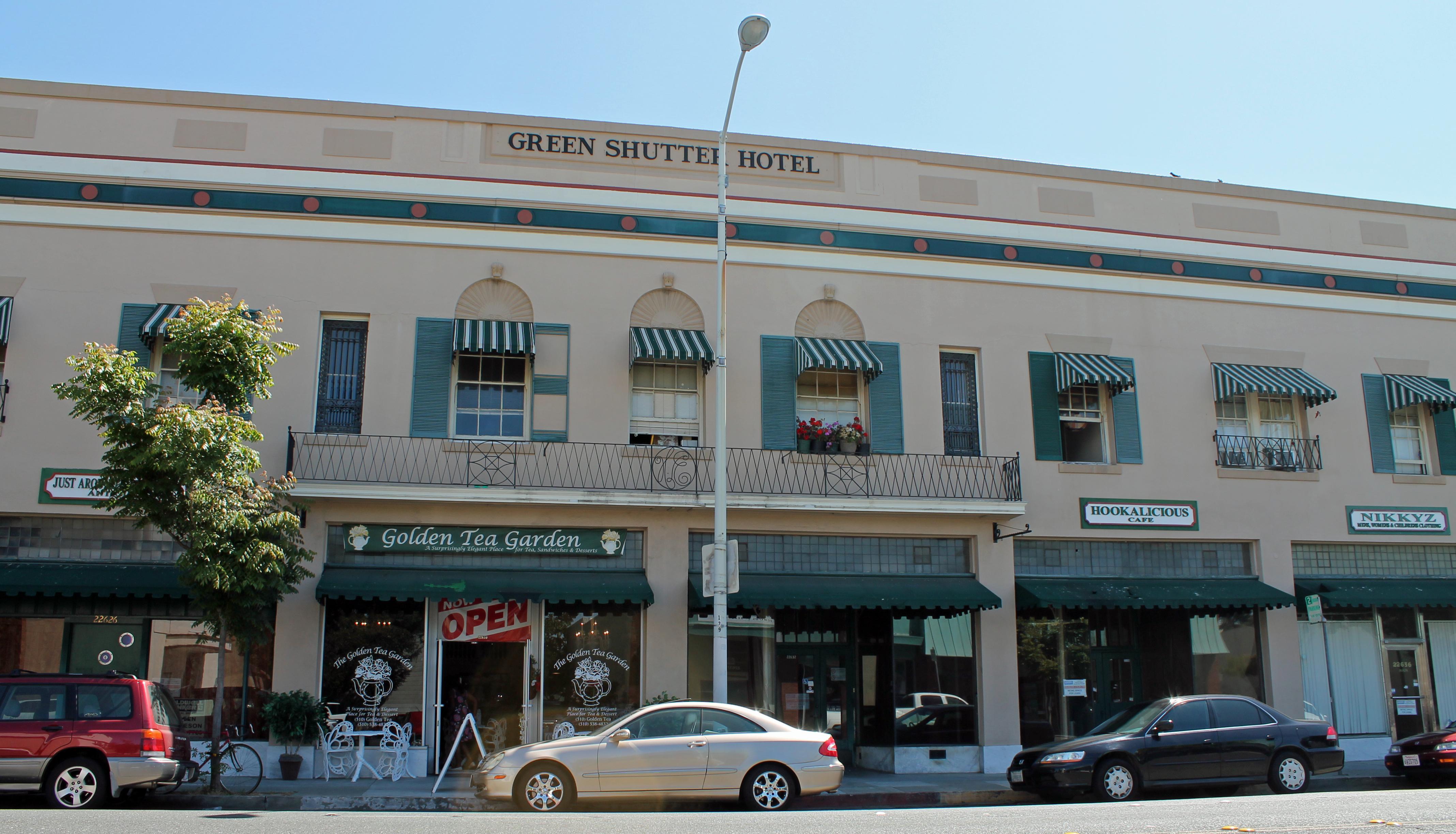 File Green Shutter Hotel Hayward California Stierch Jpg