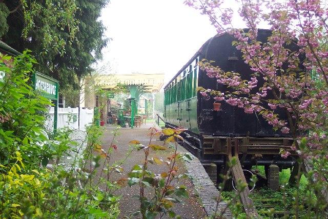 Horsebridge railway st...