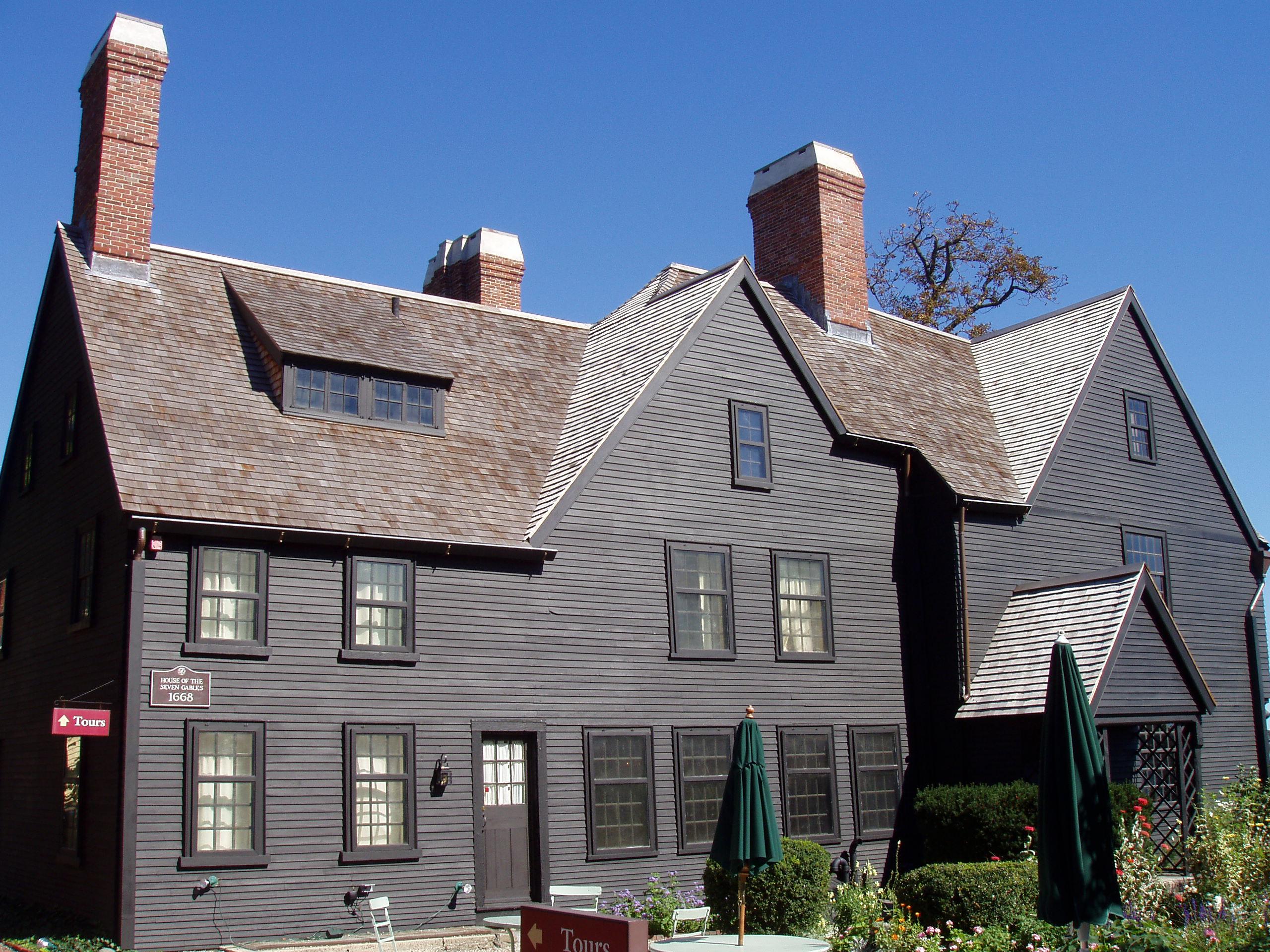 File house of the seven gables side salem for Salem house