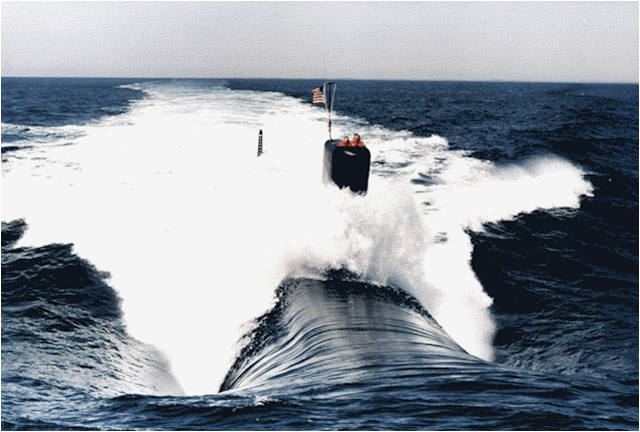 Los Angeles Class submarine on surface (approaching view).png