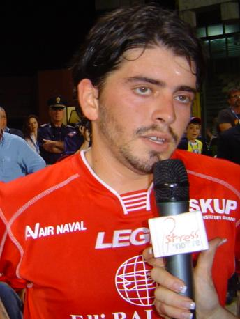 File:Maradona junior.jpg