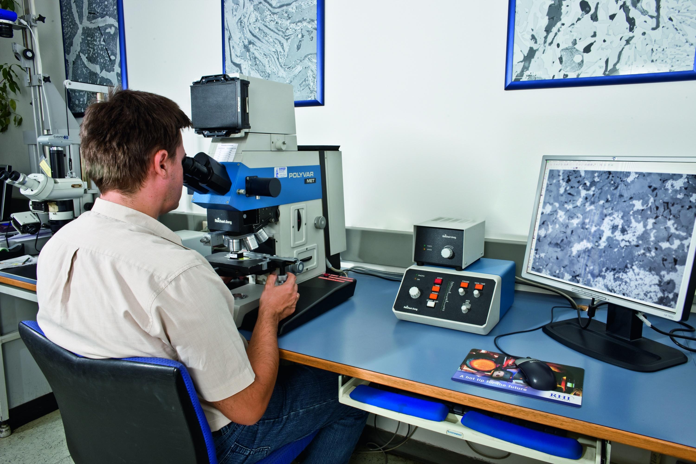 Datei materialanalyse mikroskop g u wikipedia