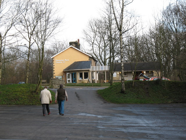 National Park Information Centre at Aysgarth Falls - geograph.org.uk - 355796