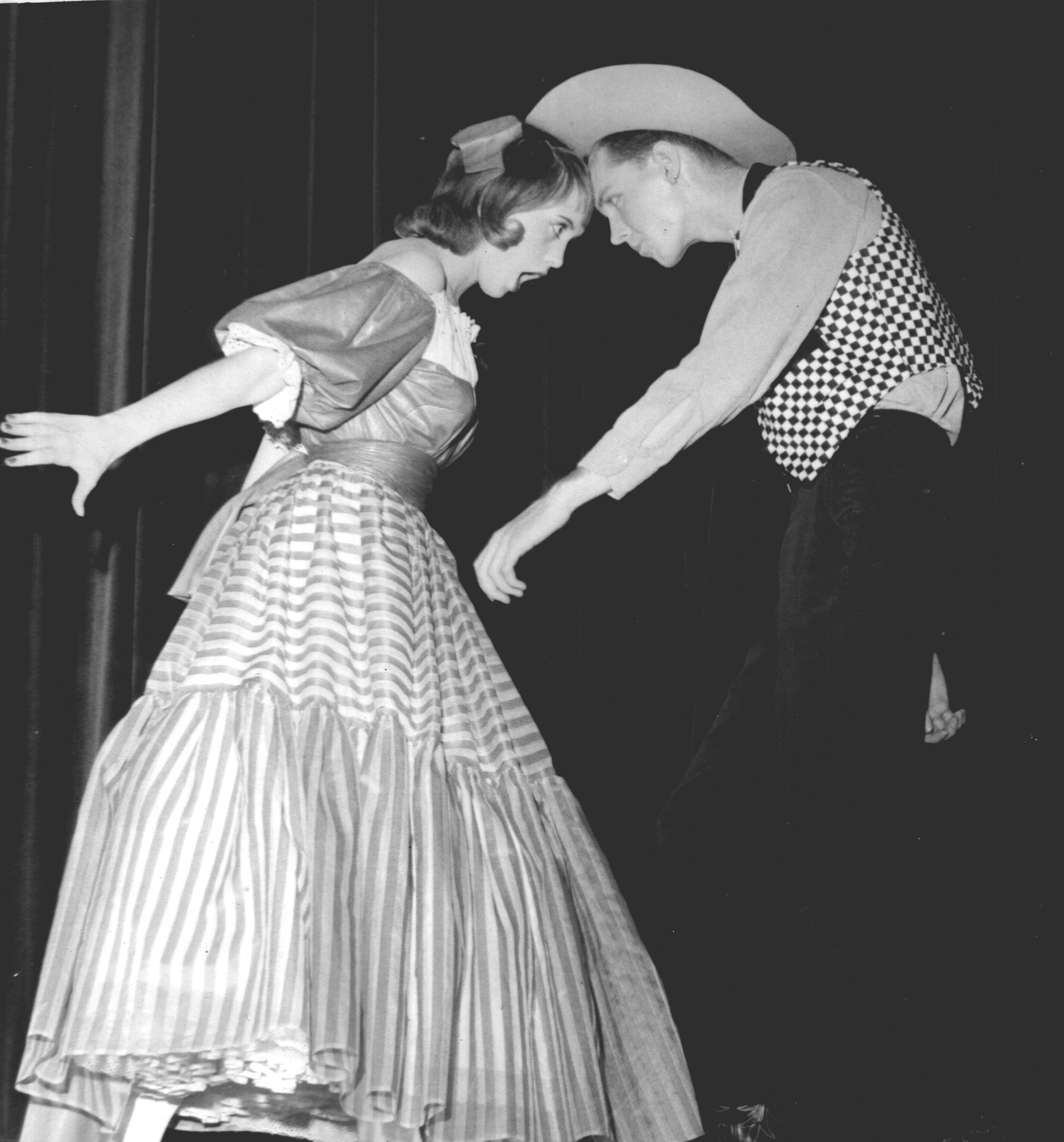 File Oklahoma 1958 Ado Annie Kathy Johnson Will Parker Duward Sumner Jpg Wikimedia Commons