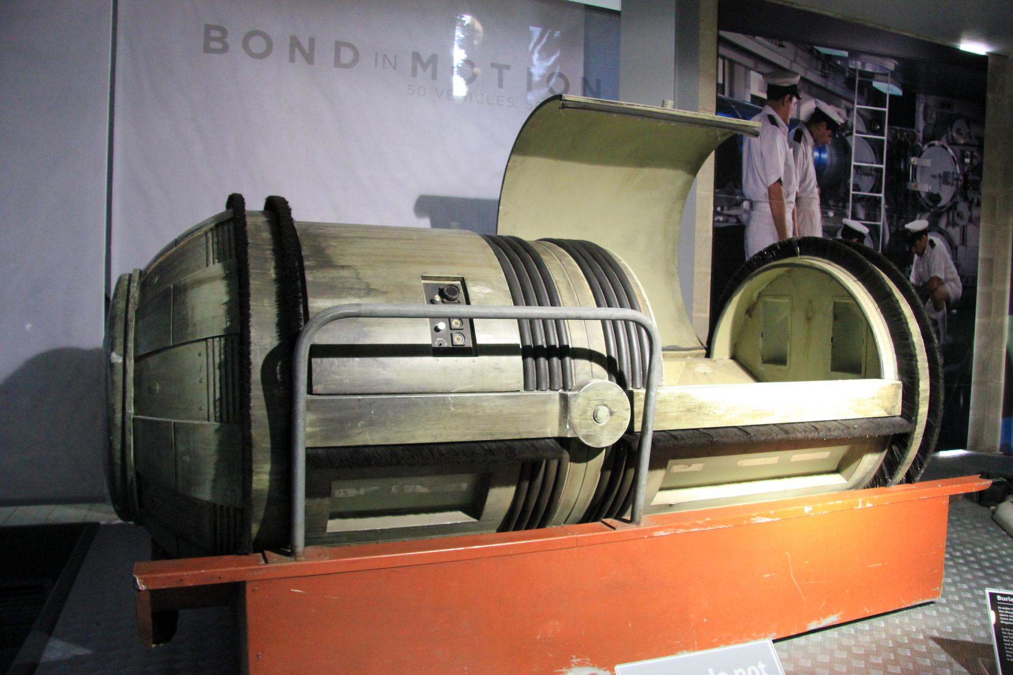 File:PIG - Pipeline Inspection Gauge (The Living Daylights) National Motor  Museum, Beaulieu.jpg - Wikimedia Commons