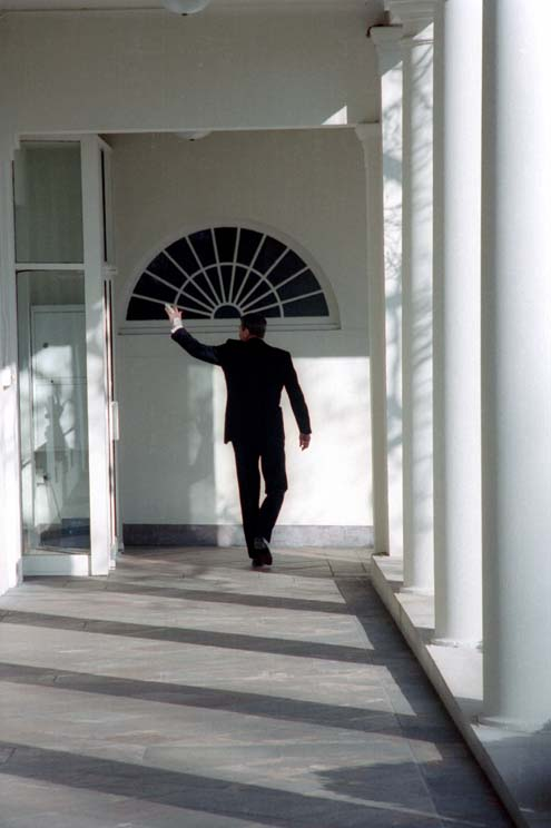 File:President Reagan walking along the White House