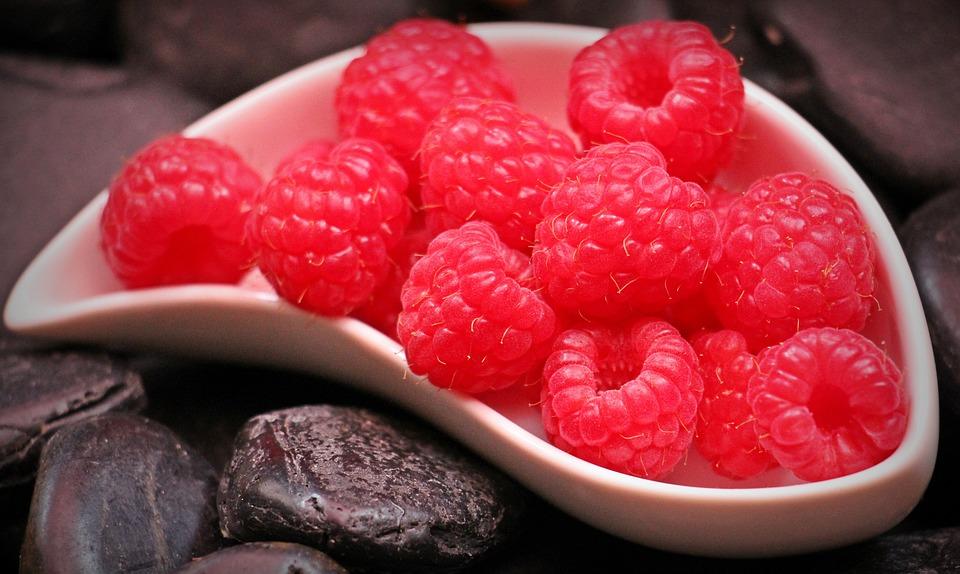 File:Raspberries-1426859 960 720.jpg - Wikimedia Commons