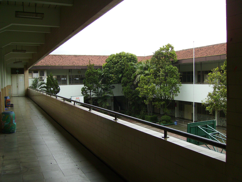 SMAN Trinitas Bandung. Foto: wikiwand.com