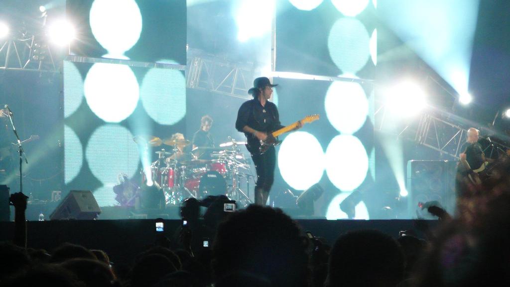 Gustavo Cerati en la gira Me verás volver, en Venezuela en 2007.