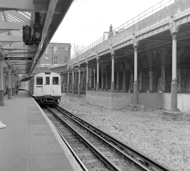 South Kensington Station, London - geograph.org.uk - 523586