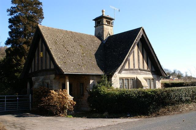 Station Lodge - geograph.org.uk - 127985