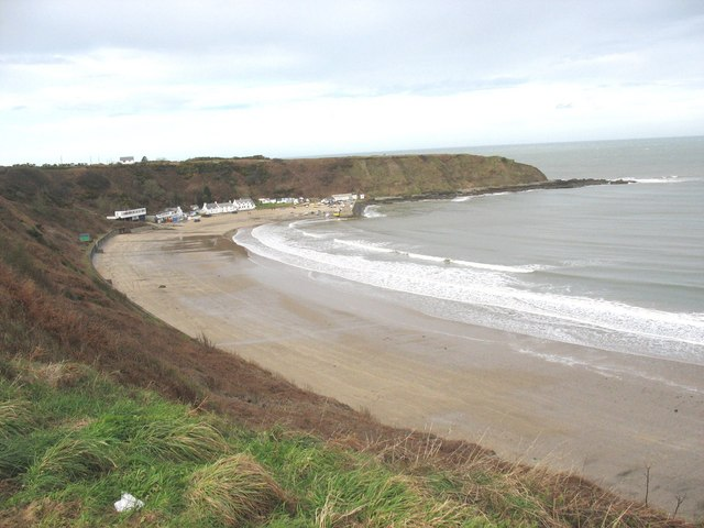 The western section of Nefyn beach - geograph.org.uk - 653626