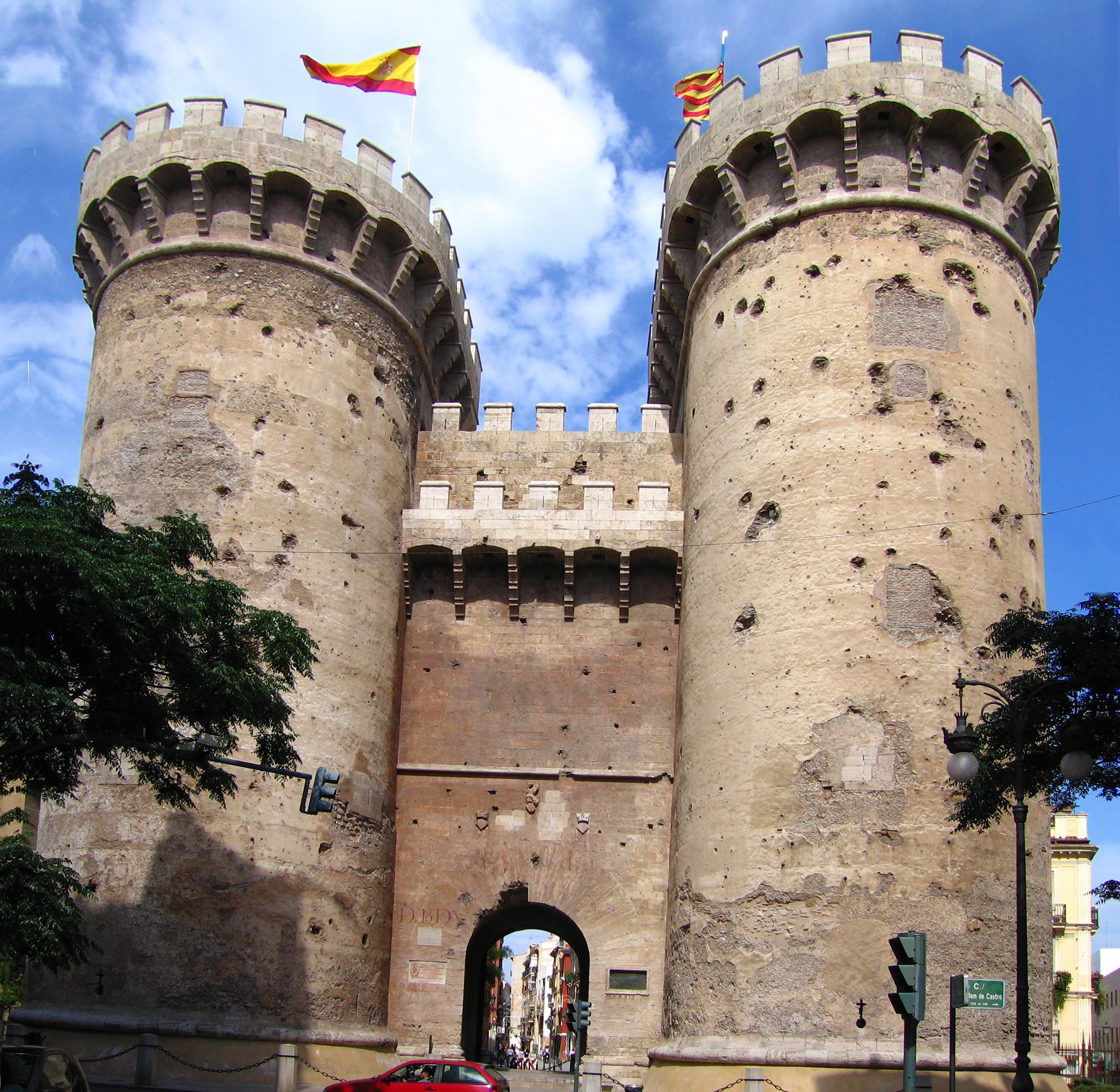 Fachada Torres de Quart Valencia