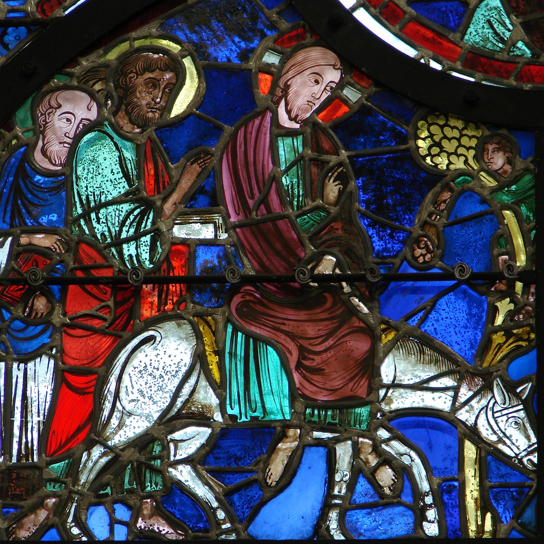 Vitraux Cathédrale de Laon 240808 2.jpg