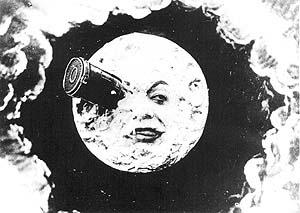 Η σελήνη με ενα σφηνωμένο πύραυλο στο μάτι της (σκηνή από την ταινία)