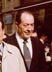 (José Quiroga Suárez) Adolfo Suárez durante la campaña electoral en Orense. Pool Moncloa. 11 de febrero de 1979 (cropped).jpeg