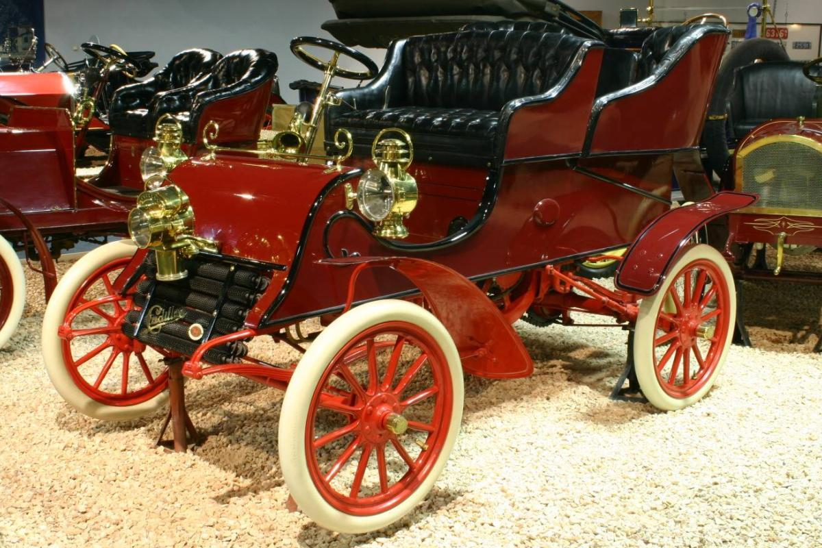 File:1903-cadillac-archives.jpg - Wikimedia Commons